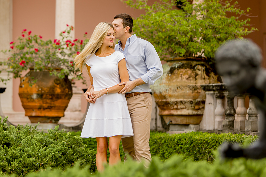 Engagement session at Ringling Museum