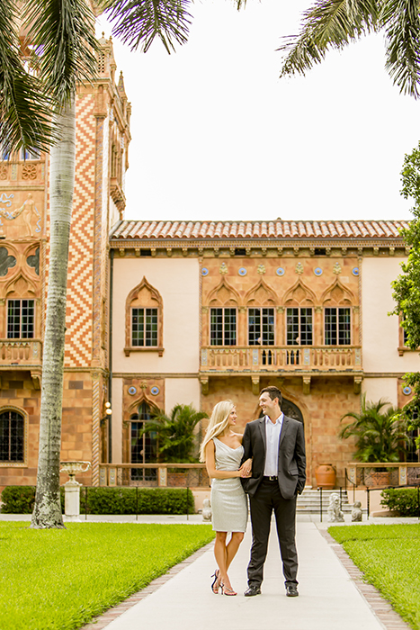 Engagement Pictures at Ringling Museum Sarasota, Florida